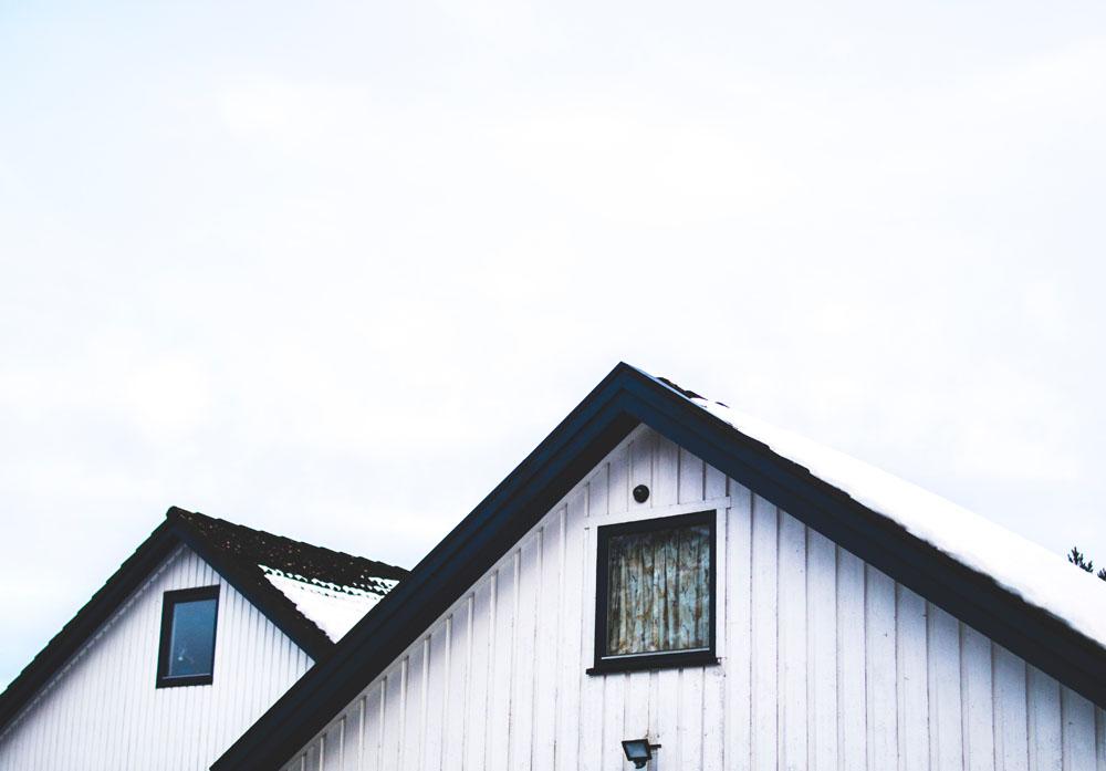 white painted house coronavirus scare opens homebuyer opportunities